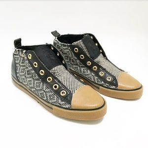 LAMB size 6 crosshatched check sneakers. l.A.m.b